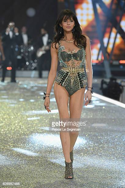Georgia Fowler walks the runway at the Victoria's Secret Fashion Show on November 30 2016 in Paris France