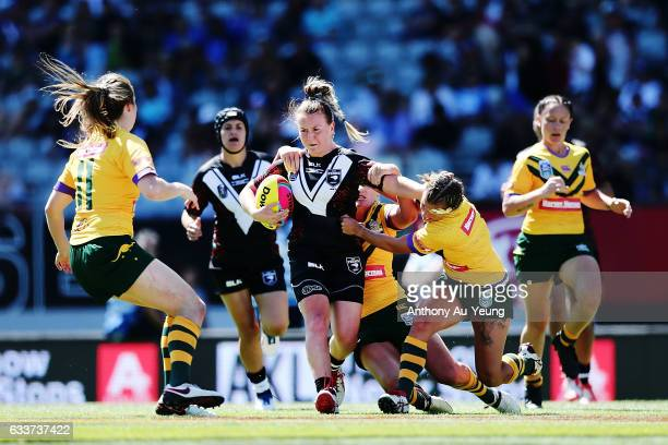 Georgia Hale of the Kiwi Ferns on the charge during the 2017 Auckland Nines match between the Kiwi Ferns and the Australian Jillaroos at Eden Park on...