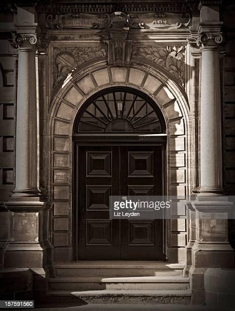 ジョージ王朝様式のドア