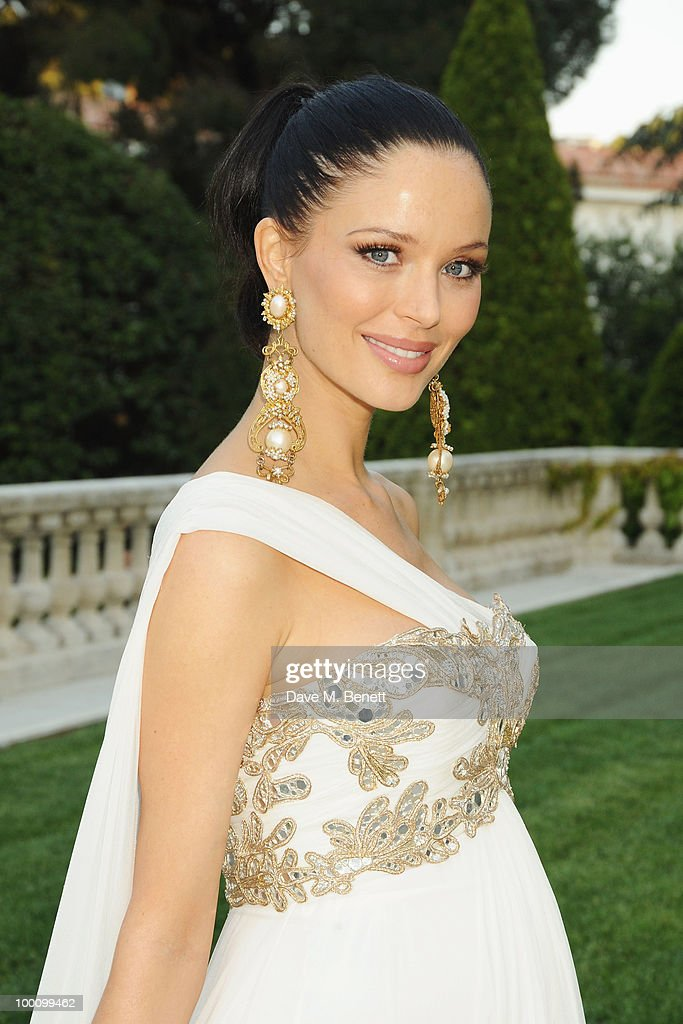 Georgina Chapman arrives at amfAR's Cinema Against AIDS 2010 benefit gala at the Hotel du Cap on May 20, 2010 in Antibes, France.