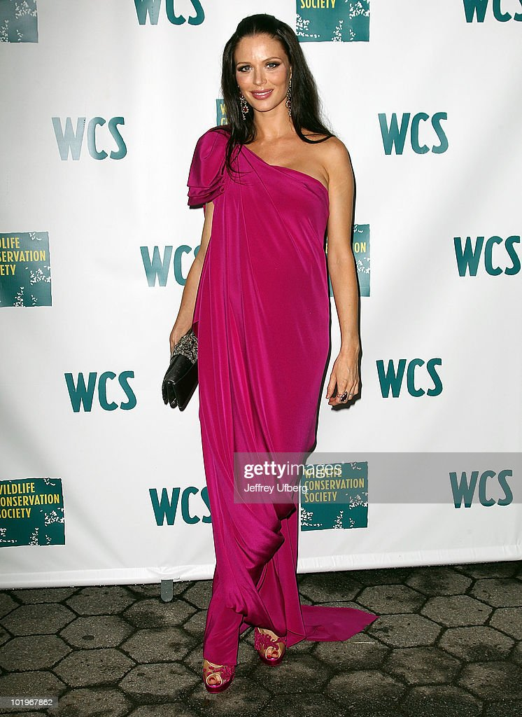 Georgina Chapman attends the 2010 Wildlife Conservation Society gala at the Central Park Zoo on June 10, 2010 in New York City.