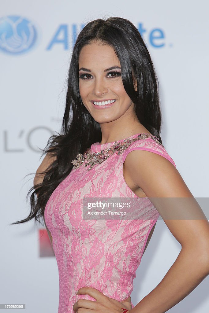 Georgina Holguin attends Telemundo's Premios Tu Mundo Awards at American Airlines Arena on August 15, 2013 in Miami, Florida.