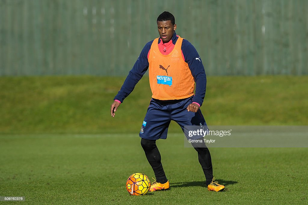 <a gi-track='captionPersonalityLinkClicked' href=/galleries/search?phrase=Georginio+Wijnaldum&family=editorial&specificpeople=2146603 ng-click='$event.stopPropagation()'>Georginio Wijnaldum</a> looks to pass the ball during the Newcastle United Training session at The Newcastle United Training Centre on February 12, 2016, in Newcastle upon Tyne, England.