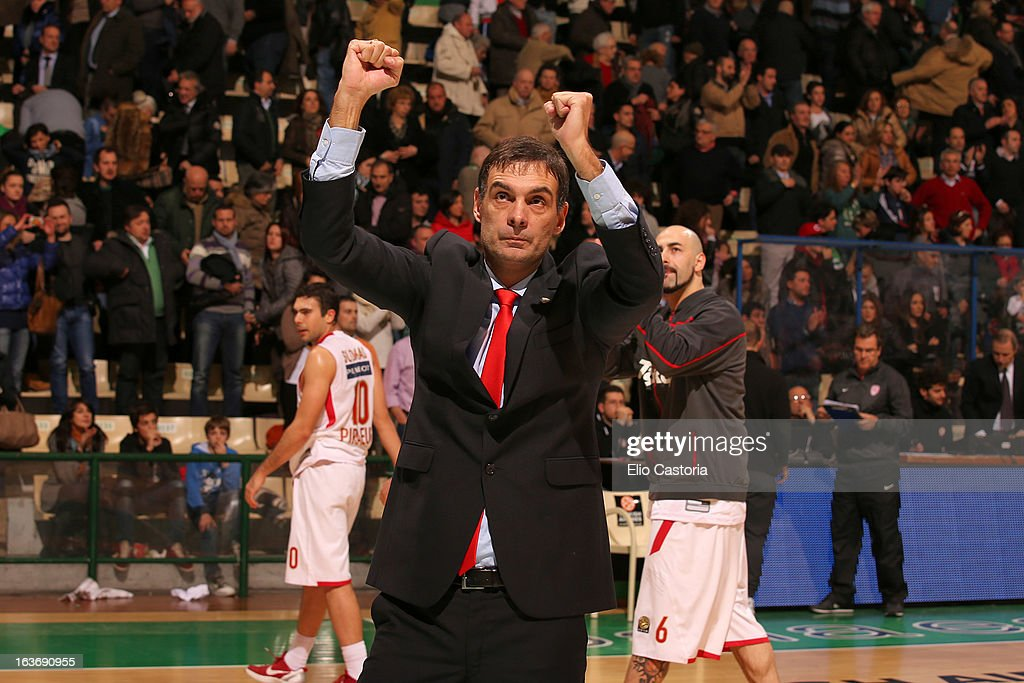 Georgios Bartzokas, Coach of Olympiacos Piraeus gestures during the 2012-2013 Turkish Airlines Euroleague Top 16 Date 11 between Montepaschi Siena v Olympiacos Piraeus at Palaestra on March 14, 2013 in Siena, Italy.