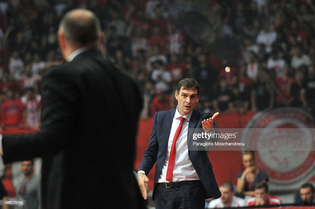Georgios Bartzokas, Head Coach of Olympiacos Piraeus reacta during the Turkish Airlines Euroleague Basketball Play Off Game 4 between Olympiacos Piraeus v Real Madrid at Peace and Friendship Stadium on April 23, 2014 in Athens, Greece.