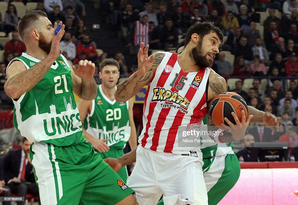 Olympiacos Piraeus v Unics Kazan - Turkish Airlines Euroleague