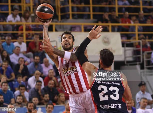 Georgios Printezis #15 of Olympiacos Piraeus in action during the 2017/2018 Turkish Airlines EuroLeague Regular Season Round 1 game between...