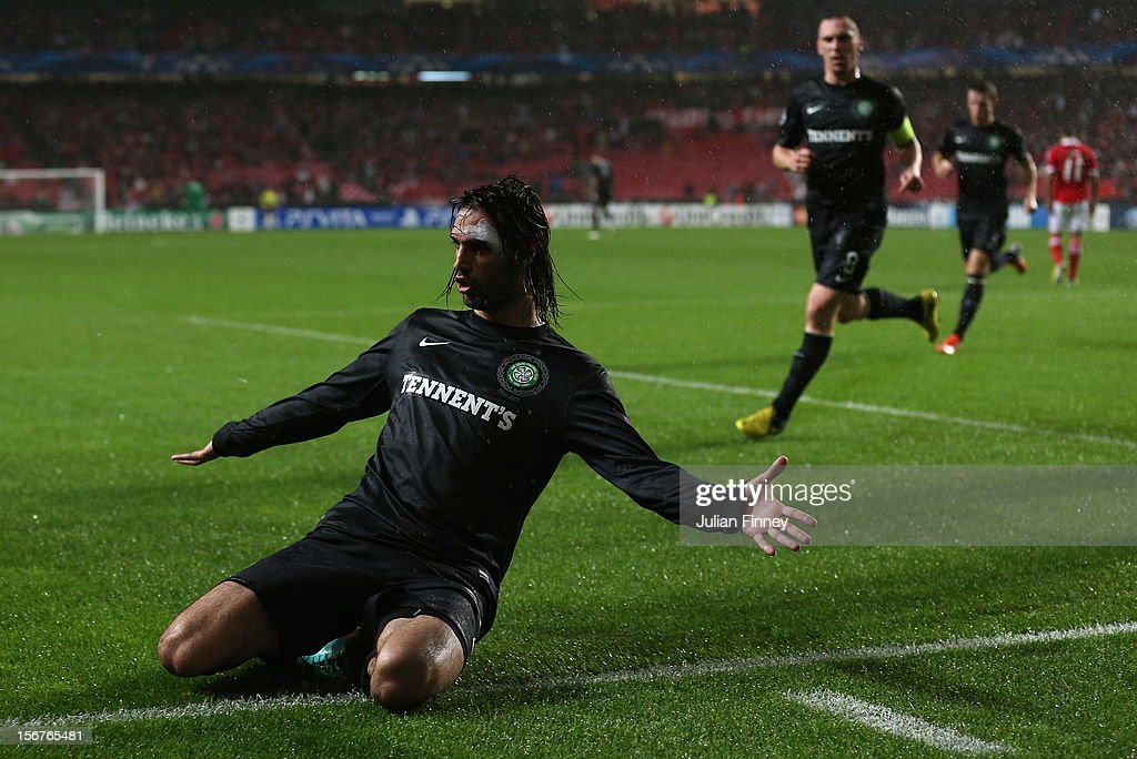 Georgios Samaras of Celtic celebrates scoring his goal to make it 1-1 during the UEFA Champions League, Group G match between SL Benfica and Celtic FC at Estadio da Luz on November 20, 2012 in Lisbon, Portugal.