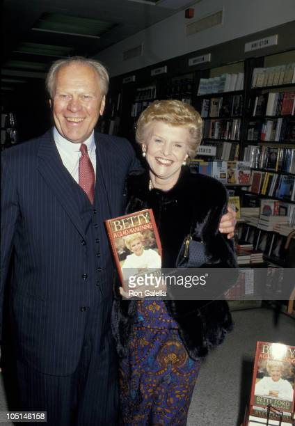 Gerald Ford and Betty Ford during Betty Ford Signs New Book 'Betty A Glad Awakening' at Doubleday Book Store in New York City NY United States