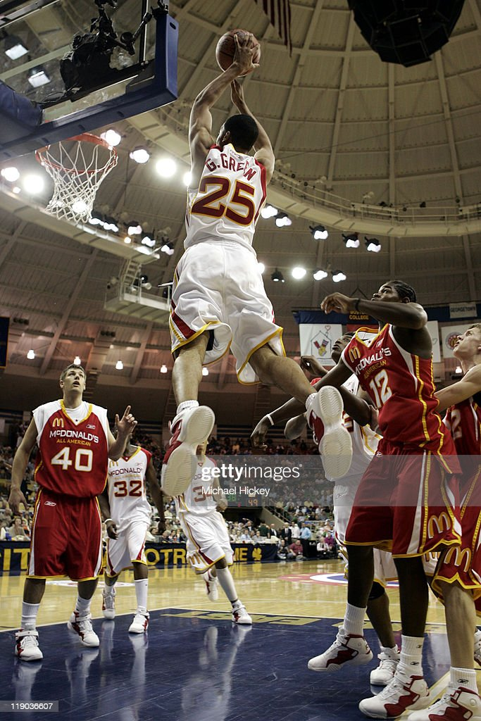 <a gi-track='captionPersonalityLinkClicked' href=/galleries/search?phrase=Gerald+Green&family=editorial&specificpeople=644655 ng-click='$event.stopPropagation()'>Gerald Green</a> of Houston, TX plays in the McDonalds All American High School Basketball game at the Joyce Center in South Bend, IN on March 30, 2005.