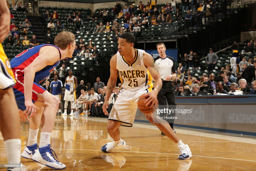 <a gi-track='captionPersonalityLinkClicked' href=/galleries/search?phrase=Gerald+Green&family=editorial&specificpeople=644655 ng-click='$event.stopPropagation()'>Gerald Green</a> #25 of the Indiana Pacers drives against <a gi-track='captionPersonalityLinkClicked' href=/galleries/search?phrase=Kyle+Singler&family=editorial&specificpeople=4216029 ng-click='$event.stopPropagation()'>Kyle Singler</a> #25 of the Detroit Pistons on January 30, 2013 at Bankers Life Fieldhouse in Indianapolis, Indiana.