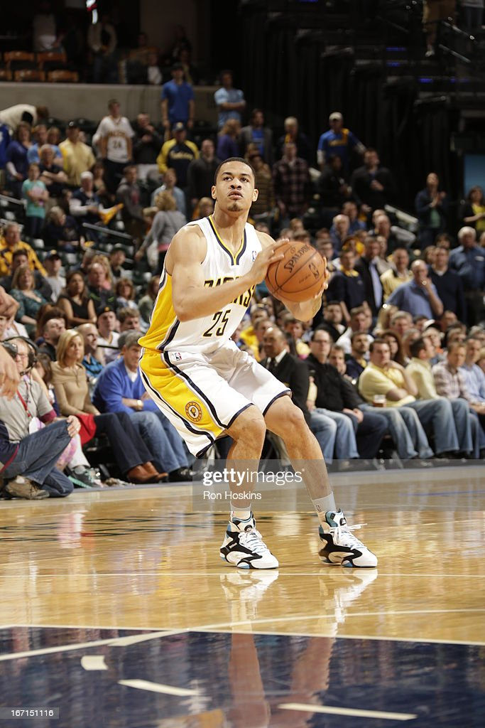 <a gi-track='captionPersonalityLinkClicked' href=/galleries/search?phrase=Gerald+Green&family=editorial&specificpeople=644655 ng-click='$event.stopPropagation()'>Gerald Green</a> #25 of the Indiana Pacers handles the ball during the Game One of the Eastern Conference Quarterfinals between the Indiana Pacers and the Atlanta Hawks on April 21, 2013 at Bankers Life Fieldhouse in Indianapolis, Indiana.