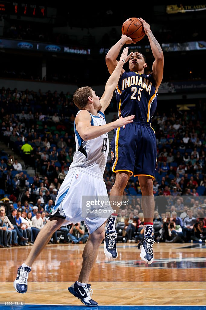 Gerald Green #25 of the Indiana Pacers shoots against Luke Ridnour #13 of the Minnesota Timberwolves on November 9, 2012 at Target Center in Minneapolis, Minnesota.