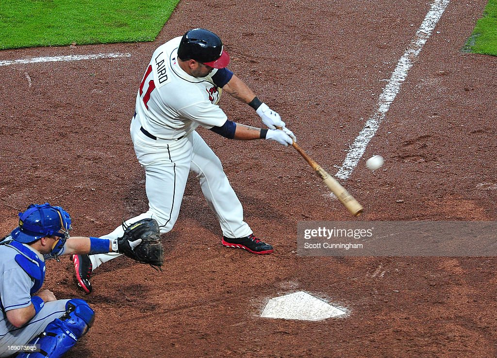 <a gi-track='captionPersonalityLinkClicked' href=/galleries/search?phrase=Gerald+Laird&family=editorial&specificpeople=228949 ng-click='$event.stopPropagation()'>Gerald Laird</a> #11 of the Atlanta Braves hits a pinch hit single in the eighth inning to knock in the game-tying run against the Los Angeles Dodgers at Turner Field on May 19, 2013 in Atlanta, Georgia.