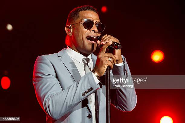 Gerald Maxwell Rivera better known as Maxwell performs the MercedesBenz Superdome on July 1 2016 in New Orleans Louisiana