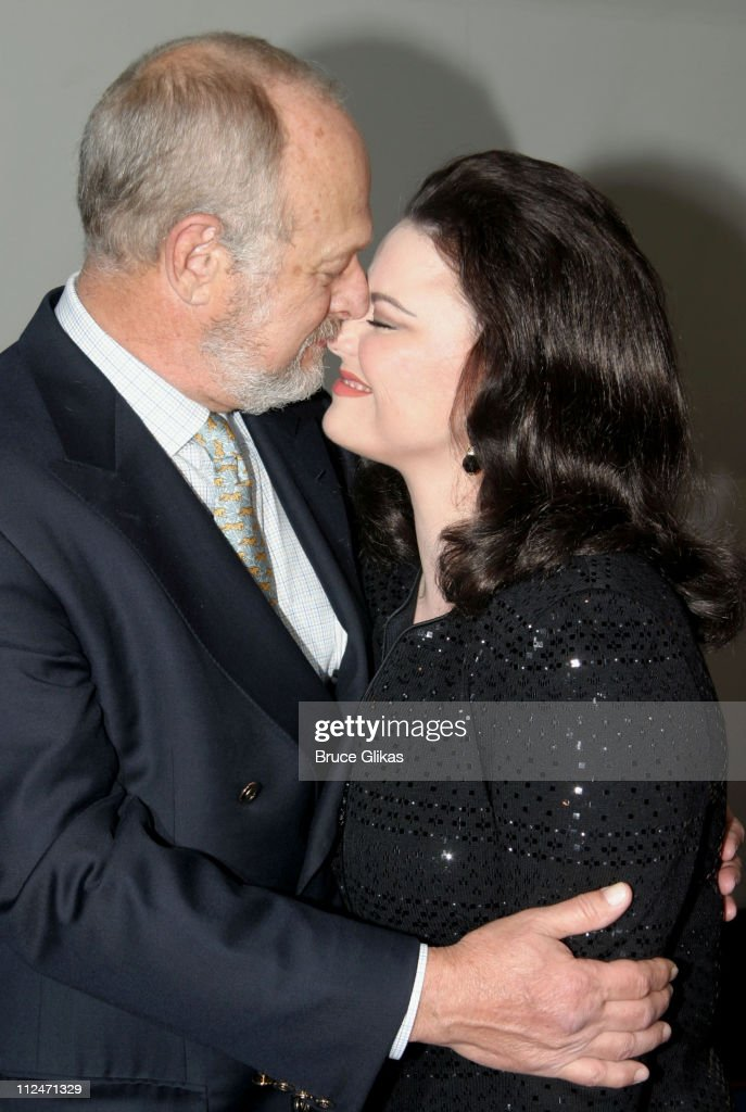 "Delta Burke Makes Broadway Debut in ""Thoroughly Modern ..."