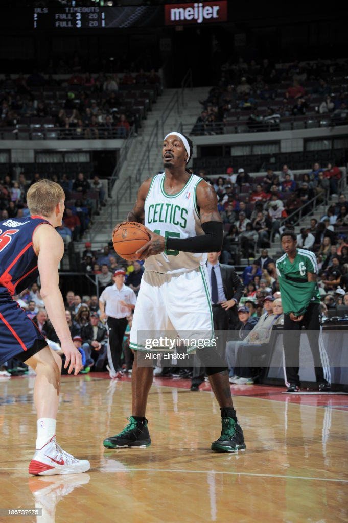<a gi-track='captionPersonalityLinkClicked' href=/galleries/search?phrase=Gerald+Wallace&family=editorial&specificpeople=202117 ng-click='$event.stopPropagation()'>Gerald Wallace</a> #45 of the Boston Celtics controls the ball against <a gi-track='captionPersonalityLinkClicked' href=/galleries/search?phrase=Kyle+Singler&family=editorial&specificpeople=4216029 ng-click='$event.stopPropagation()'>Kyle Singler</a> #25 of the Detroit Pistons on November 3, 2013 at The Palace of Auburn Hills in Auburn Hills, Michigan.