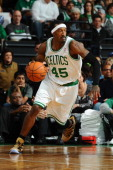 Gerald Wallace of the Boston Celtics drives the ball against the Brooklyn Nets on January 26 2014 at the TD Garden in Boston Massachusetts NOTE TO...
