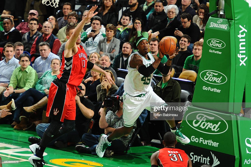 <a gi-track='captionPersonalityLinkClicked' href=/galleries/search?phrase=Gerald+Wallace&family=editorial&specificpeople=202117 ng-click='$event.stopPropagation()'>Gerald Wallace</a> #45 of the Boston Celtics passes the ball against the Toronto Raptors on January 15, 2014 at the TD Garden in Boston, Massachusetts.