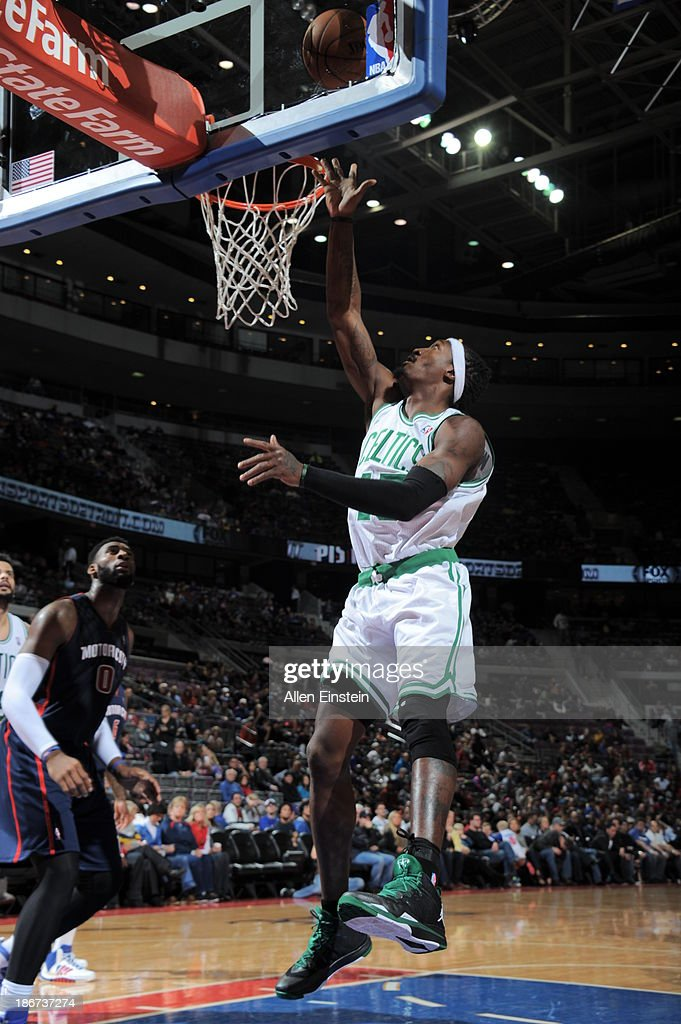 <a gi-track='captionPersonalityLinkClicked' href=/galleries/search?phrase=Gerald+Wallace&family=editorial&specificpeople=202117 ng-click='$event.stopPropagation()'>Gerald Wallace</a> #45 of the Boston Celtics shoots against the Detroit Pistons on November 3, 2013 at The Palace of Auburn Hills in Auburn Hills, Michigan.