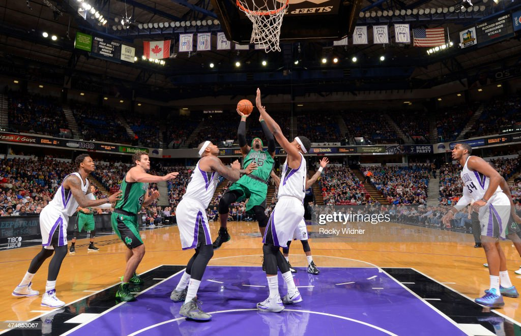 <a gi-track='captionPersonalityLinkClicked' href=/galleries/search?phrase=Gerald+Wallace&family=editorial&specificpeople=202117 ng-click='$event.stopPropagation()'>Gerald Wallace</a> #45 of the Boston Celtics shoots against the Sacramento Kings on February 22, 2014 at Sleep Train Arena in Sacramento, California.