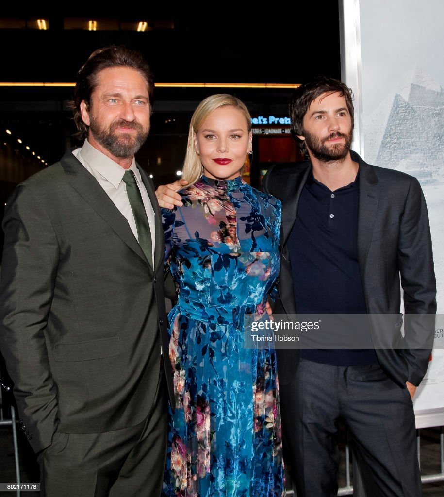 Gerard Butler, Abbie Cornish and Jim Sturgess attend the premiere of Warner Bros. Pictures 'Geostorm' at TCL Chinese Theatre on October 16, 2017 in Hollywood, California.