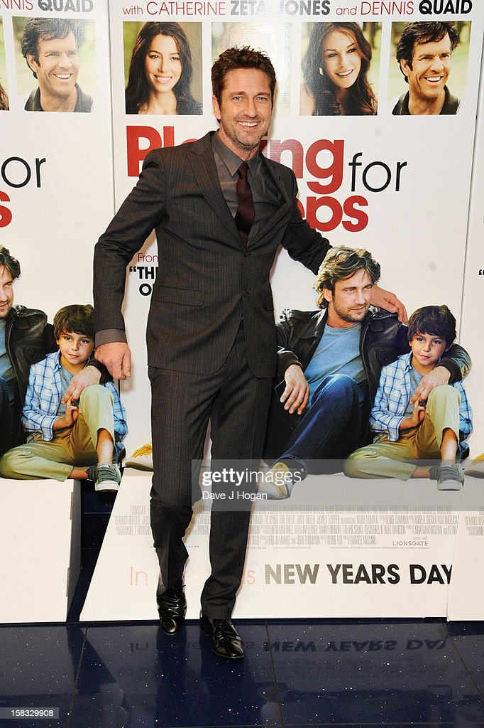 <a gi-track='captionPersonalityLinkClicked' href=/galleries/search?phrase=Gerard+Butler+-+Actor&family=editorial&specificpeople=202258 ng-click='$event.stopPropagation()'>Gerard Butler</a> attends a gala screening of 'Playing For Keeps' at The Apollo on December 13, 2012 in London, England.