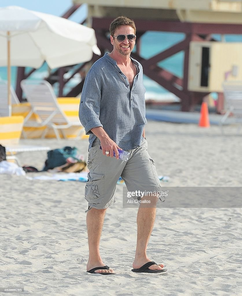 <a gi-track='captionPersonalityLinkClicked' href=/galleries/search?phrase=Gerard+Butler+-+Actor&family=editorial&specificpeople=202258 ng-click='$event.stopPropagation()'>Gerard Butler</a> is sighted on December 5, 2013 in Miami Beach, Florida.