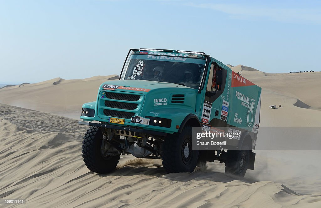 Gerard De Rooy of team Iveco competes in the special stage on day one of the of the 2013 Dakar Rally on January 5, 2013 in Pisco, Peru.