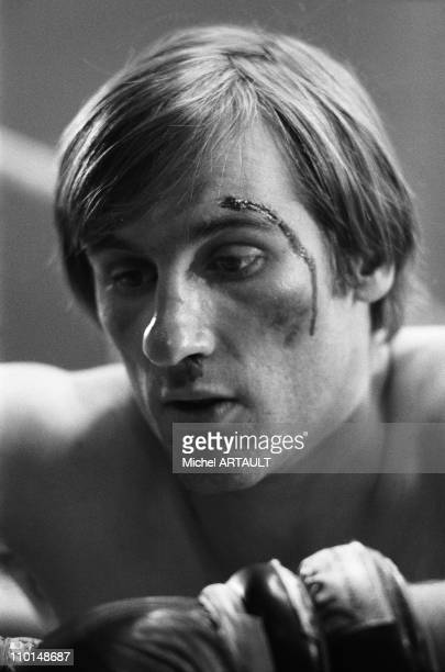 Gerard Depardieu is a boxer in the movie 'Vincent Francois Paul et les autres' in France on April 03 1974
