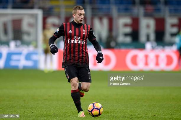 Gerard Deulofeu of AC Milan in action during the Serie A football match between AC Milan and AC ChievoVerona AC Milan wins 31 over AC ChievoVerona