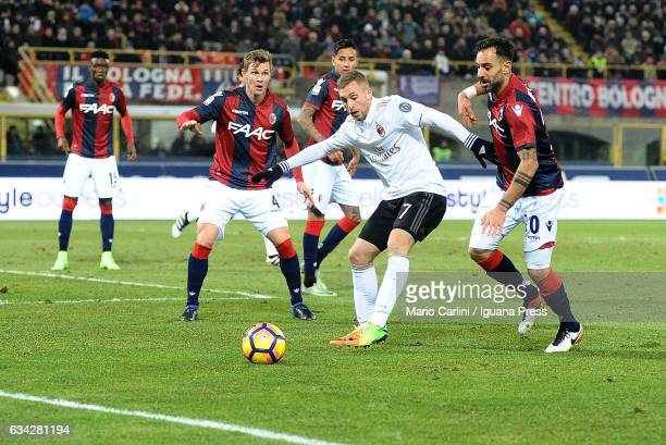 Gerard Deulofeu of AC Milan in action during the Serie A match between Bologna FC and AC Milan at Stadio Renato Dall'Ara on February 8 2017 in...