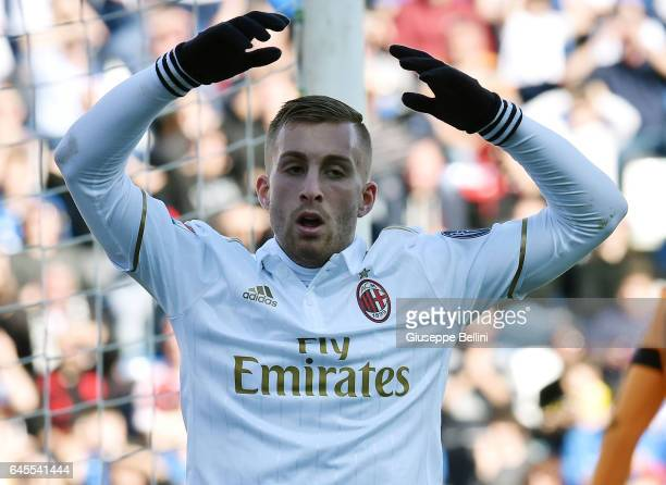 Gerard Deulofeu of AC Milan in action during the Serie A match between US Sassuolo and AC Milan at Mapei Stadium Citta' del Tricolore on February 26...