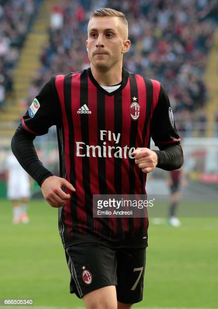 Gerard Deulofeu of AC Milan looks on during the Serie A match between AC Milan and US Citta di Palermo at Stadio Giuseppe Meazza on April 9 2017 in...