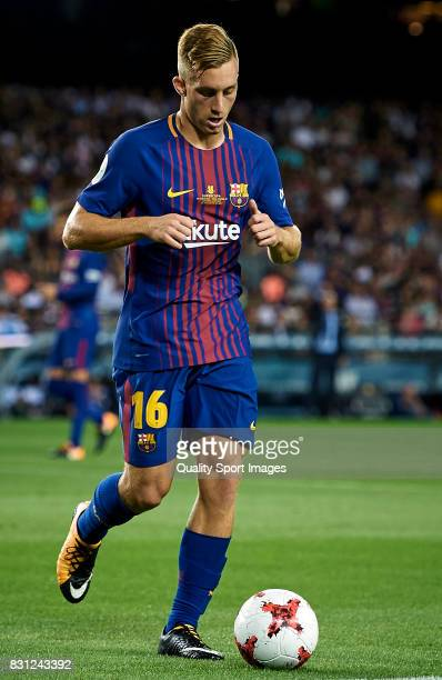 Gerard Deulofeu of Barcelona in action during the Supercopa de Espana Supercopa Final 1st Leg match between FC Barcelona and Real Madrid at Camp Nou...
