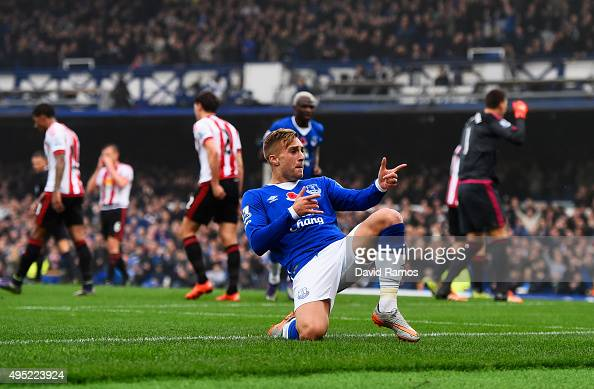 Gerard Deulofeu of Everton celebrates as he scores their first goal during the Barclays Premier League match between Everton and Sunderland at...