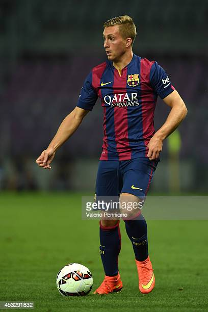 Gerard Deulofeu of FC Barcelona in action during the preseason friendly match between FC Barcelona and SSC Napoli on August 6 2014 in Geneva...