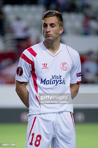 Gerard Deulofeu of Sevilla FC looks on prior to start the UEFA Europa League group G match between Sevilla FC and Feyenoord at Ramon Sanchez Pizjuan...