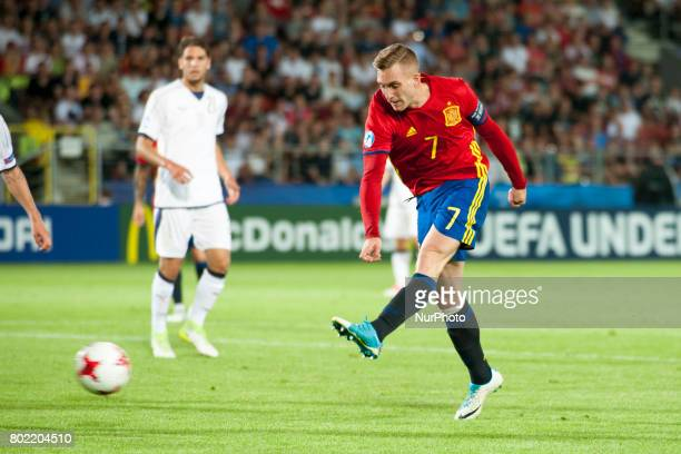 Gerard Deulofeu of Spain kicks the ball during the UEFA European Under21 Championship SemiFinal match between Spain and Italy at Krakow Stadium in...