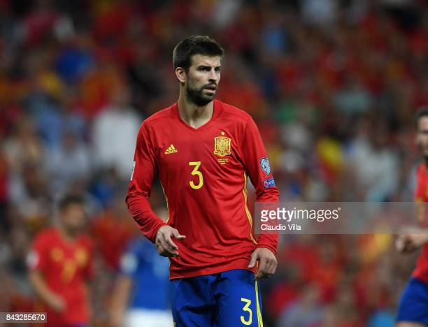 Gerard Piqué of Spain looks on during the FIFA 2018 World Cup Qualifier between Spain and Italy at Estadio Santiago Bernabeu on September 2 2017 in...