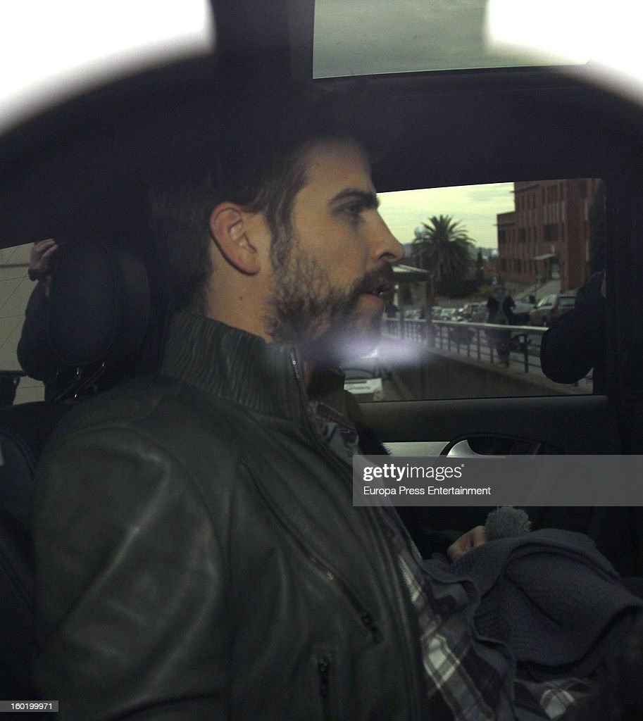 Gerard Pique leaves Teknon Hospital with his newborn son Milan Pique Mebarak, on January 27, 2013 in Barcelona, Spain.