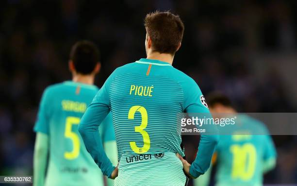 Gerard Pique of Barcelona looks on dejected during the UEFA Champions League Round of 16 first leg match between Paris SaintGermain and FC Barcelona...