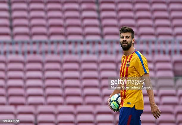 Gerard Pique of Barcelona looks on prior to the La Liga match between Barcelona and Las Palmas at Camp Nou on October 1 2017 in Barcelona Spain