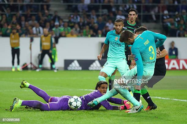 Gerard Pique of Barcelona scores his team's second goal during the UEFA Champions League group C match between VfL Borussia Moenchengladbach and FC...
