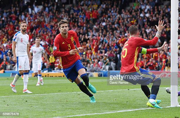 Gerard Pique of Spain celebrates scoring his team's first goal during the UEFA EURO 2016 Group D match between Spain and Czech Republic at Stadium...