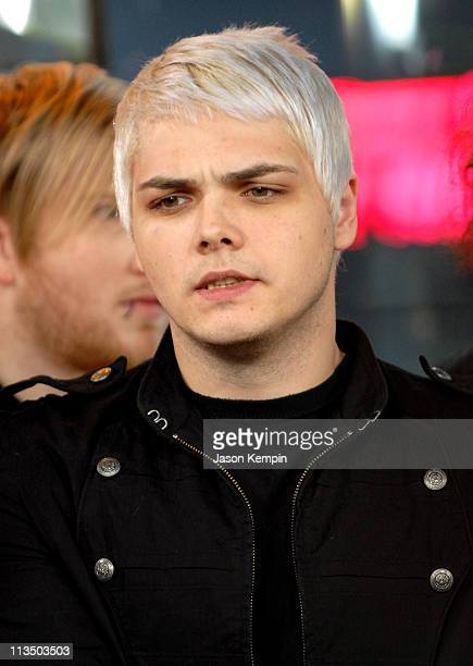 Gerard Way of My Chemical Romance during Brooke Hogan Paul Wall and My Chemical Romance Visit MTV's 'TRL' October 24 2006 at MTV Studios in New York...