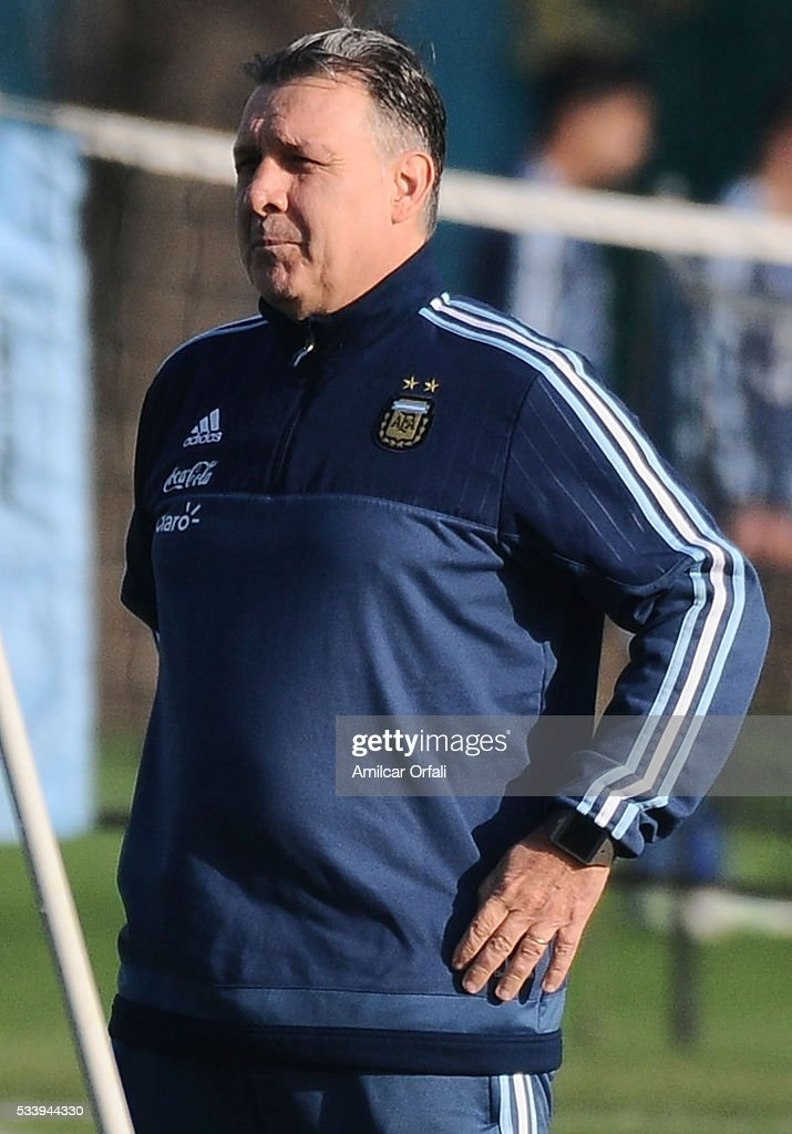<a gi-track='captionPersonalityLinkClicked' href=/galleries/search?phrase=Gerardo+Martino&family=editorial&specificpeople=4362047 ng-click='$event.stopPropagation()'>Gerardo Martino</a> head coach of Argentina looks on during a training session at Argentine Football Association (AFA) 'Julio Humberto Grondona' training camp on May 24, 2015 in Ezeiza, Argentina. Argentina will face Honduras on May 27, 2015.