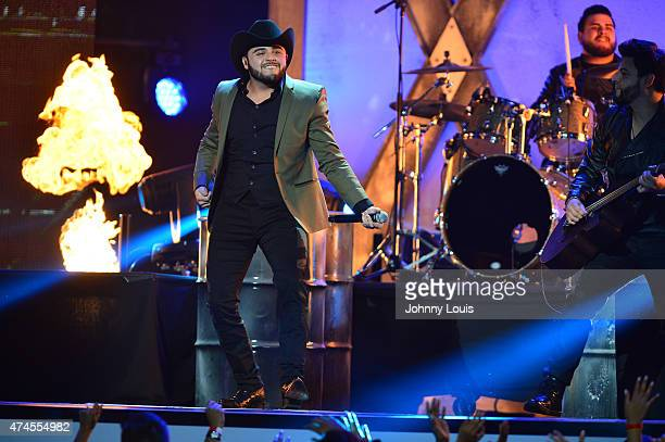 Gerardo Ortiz performs at the 2015 Billboard Latin Music Awards presented by State Farm on Telemundo at Bank United Center on April 30 2015 in Miami...