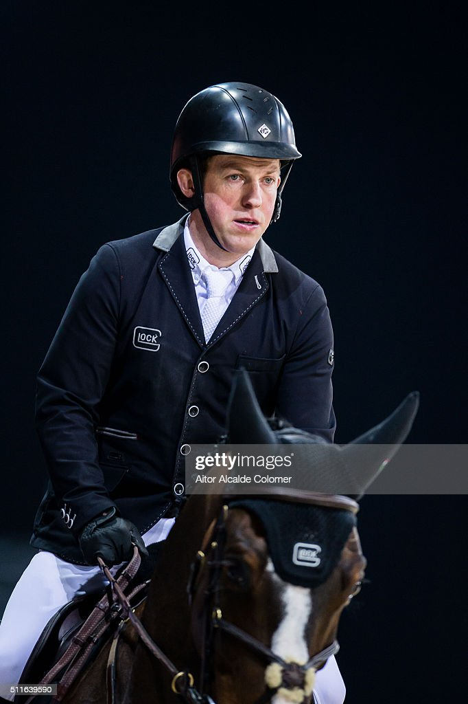Gerco Schroder of Netherlands rides Glock«s Zaranza during the Longines Grand Prix as part of the 2016 Longines Masters of Hong Kong on February 21, 2016 in Hong Kong, Hong Kong.
