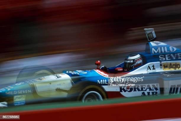 Gerhard Berger BenettonRenault B197 Grand Prix of Australia Melbourne Grand Prix Circuit Albert Park 09 March 1997